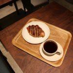 御成通りに新しくオープンしたチョコレートバンクに行ってきました。チョココロネみたいなクロワッサンうまい! (Instagram)